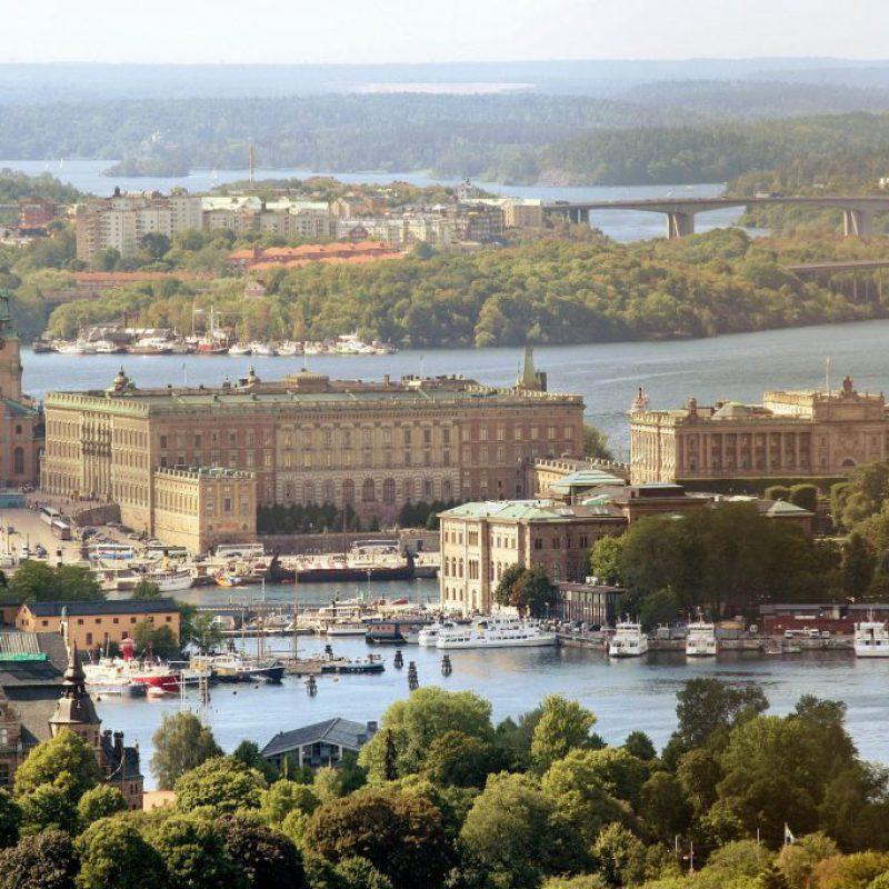 royal-palace-377913_1920